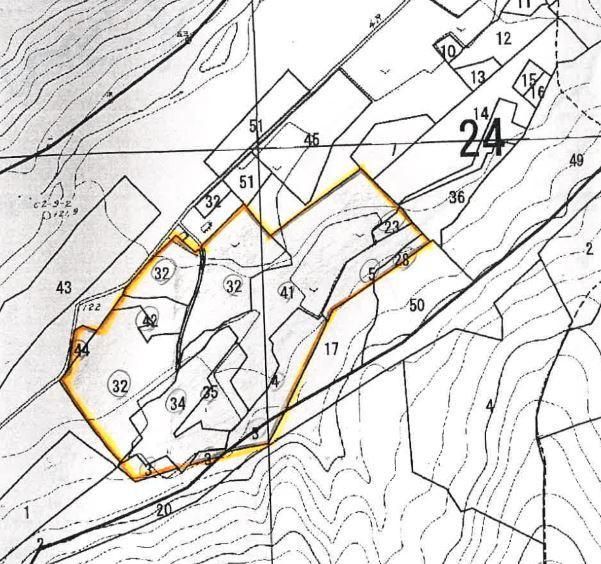 土地価格2200万円、土地面積9,999.99m<sup>2</sup>