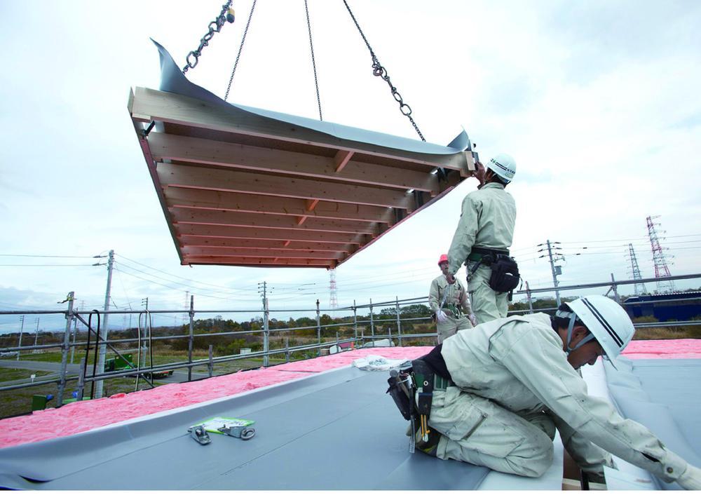 工場生産だから安心。注文住宅と同じ構造、工法!高耐久外壁、屋根で将来のメンテナンス費用も安心!