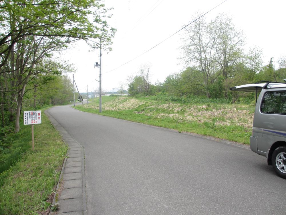 道路も綺麗に整備されてます。