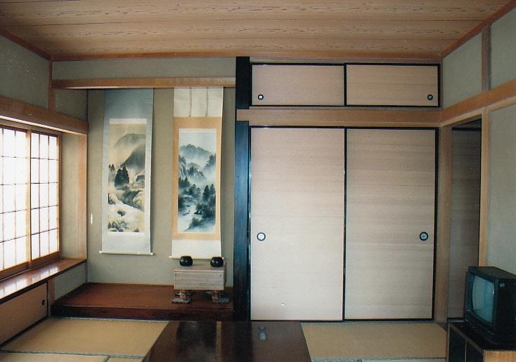 床の間付の和室