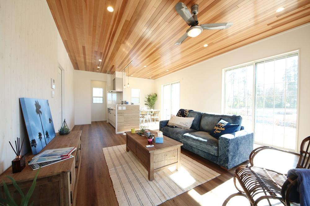 「光と風と笑顔が集うアメリカ西海岸スタイルの家」完成しました。<BR>(売約済み)