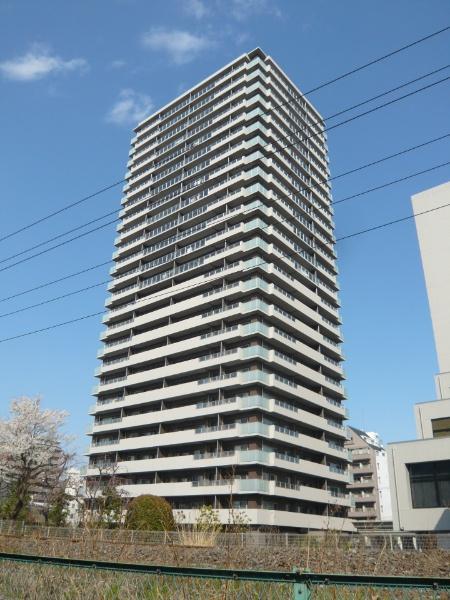 建物外観(南西側からの撮影)
