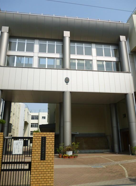 玉津中学校…約510m