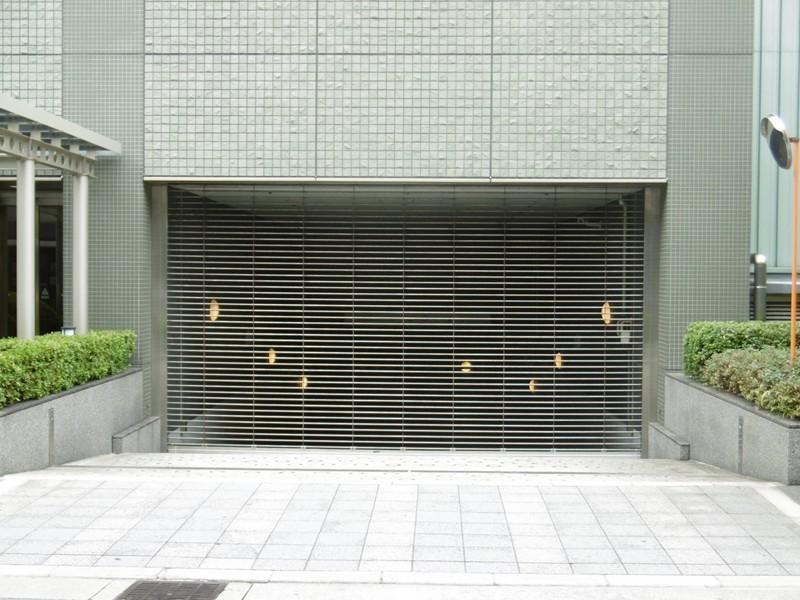 駐車場入り口
