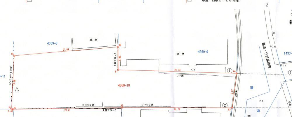 土地価格350万円、土地面積698.57m<sup>2</sup>