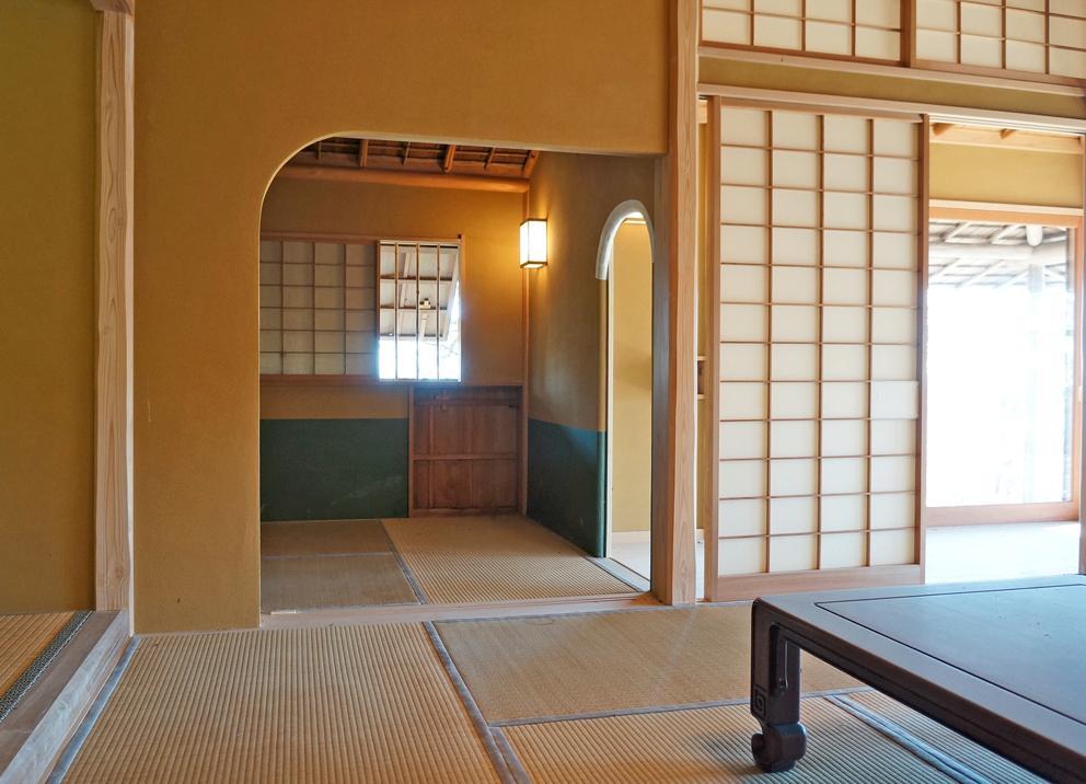 和室から茶室