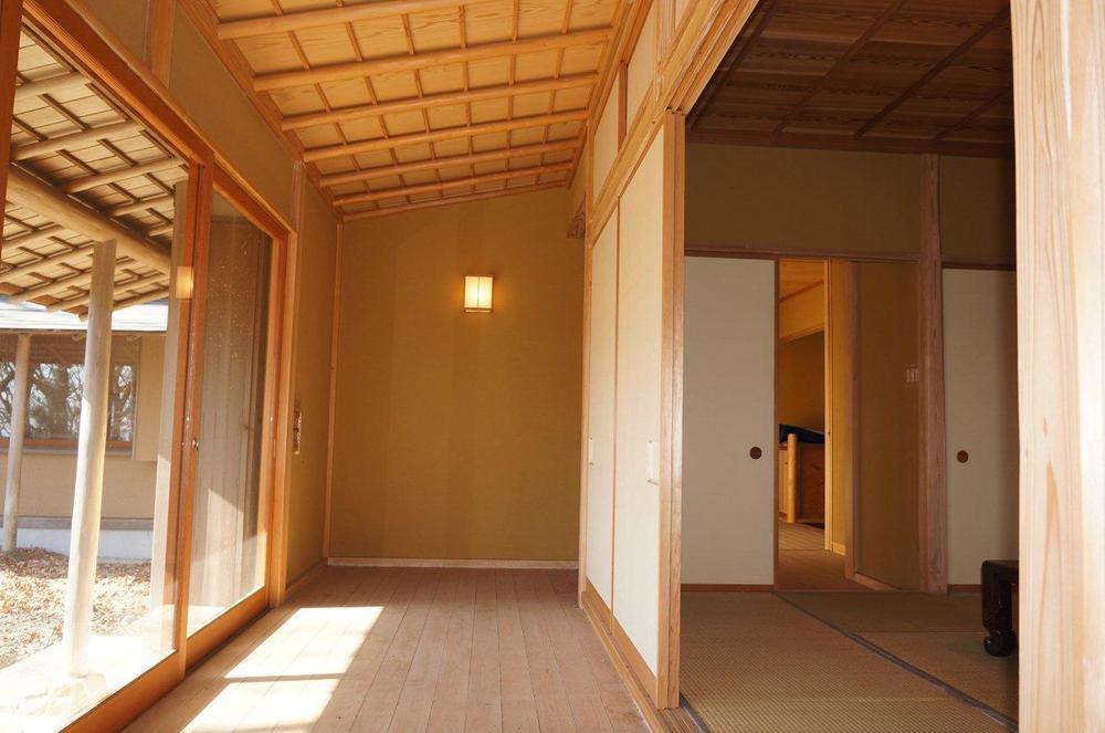 広縁と和室