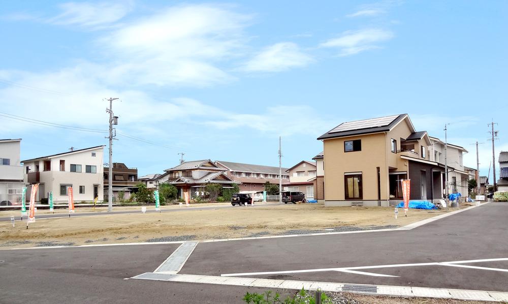 現地街並。陽光と風を取り込む街区デザイン。