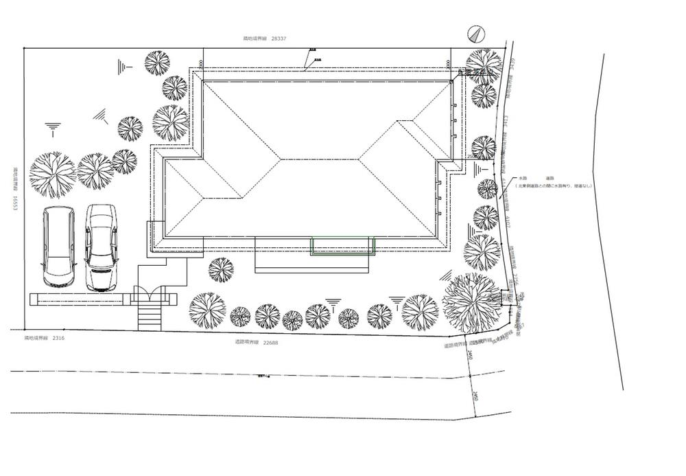 土地価格4680万円、土地面積469m<sup>2</sup> 区画図と建物参考配置図