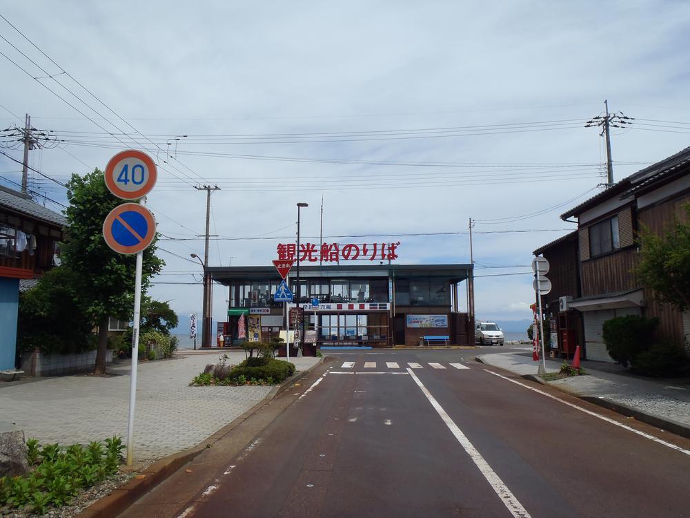 観光船乗り場まで2000m 竹生島めぐり