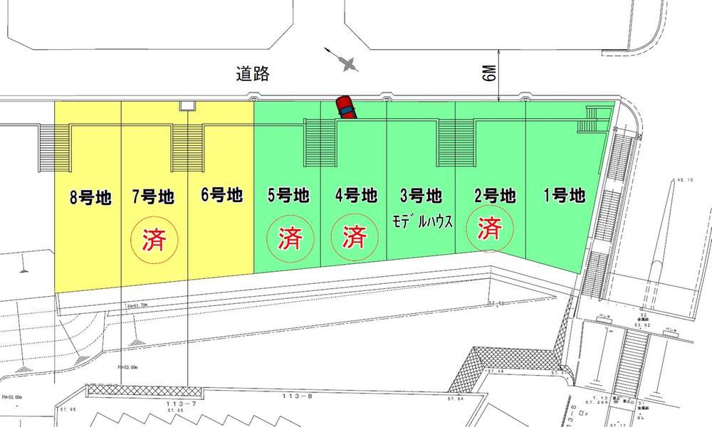 全10区画中の南側8区画です。広い前面道路・ガレージ前のスペースにより、すばらしい開放感があります。