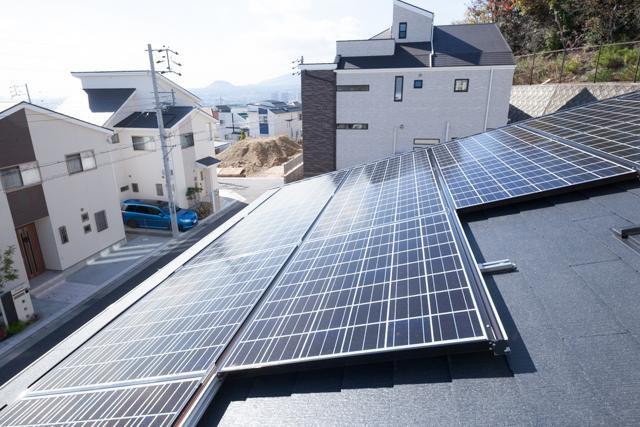 モデルハウスにはエネファーム+太陽光発電(3.6kw)標準装備!月々の光熱費も安心してお使いいただけます!