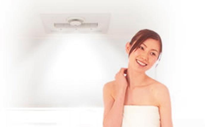 ○「ミストサウナ」――お風呂をリラックス空間に<BR>  お肌の水分量アップで、美容効果。体を芯から温め、湯冷めしにくく体にやさしいサウナです。<BR>○衣類乾燥――雨や花粉の多い日も洗濯物を干す場所に困りません。シワになりにくく、しっかり乾燥します。<BR>○浴室乾燥――カビ等の発生を抑え掃除の手間も軽減。<BR>○浴室暖房――寒暖の温度差を緩和しヒートショック防止に。