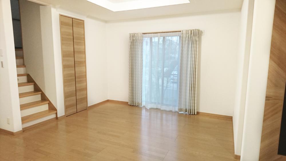 プロが選んだ大塚家具のカーテンをプレゼント!<BR>(Ⅰ期25号地)