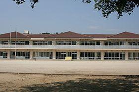 太田小学校まで1990m
