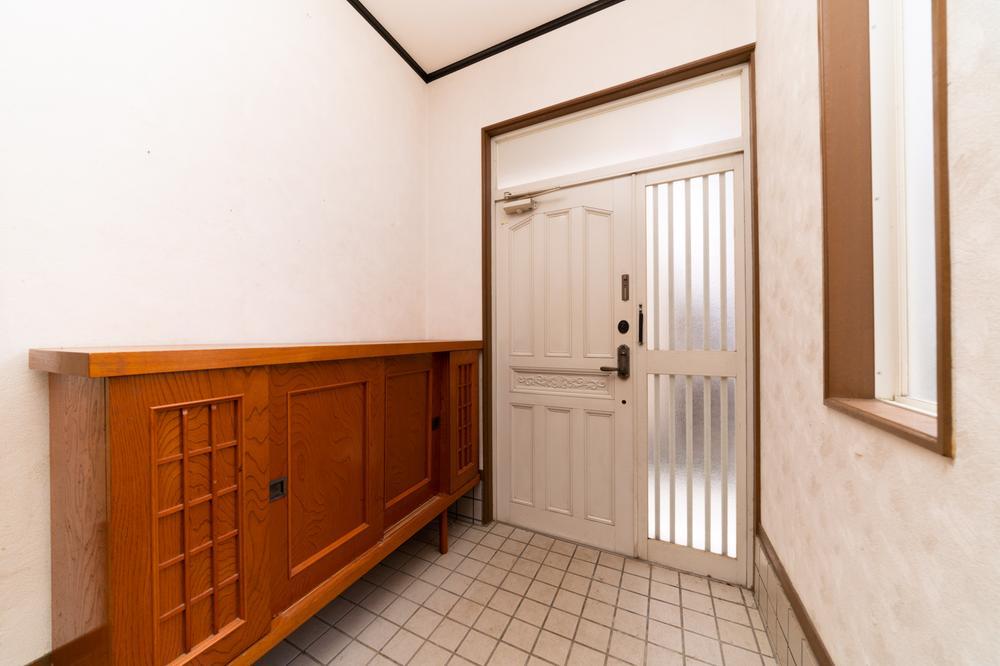 広々とした玄関を確保しているため、たくさんの来客がきても大丈夫です。