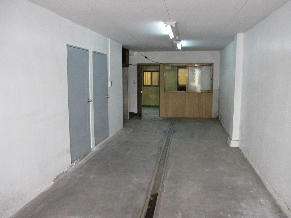 事務所、倉庫、車庫として利用可能