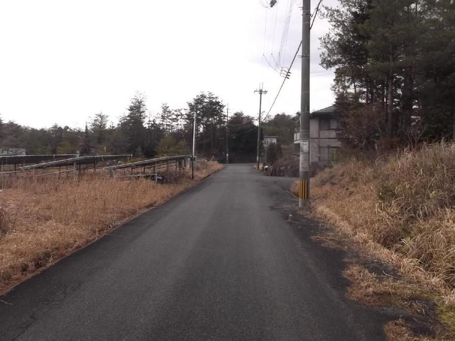 東南角からの南側道路