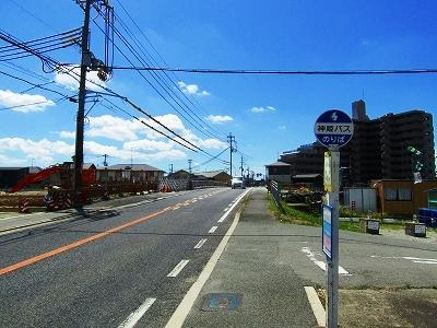周辺道路、2号線東向き