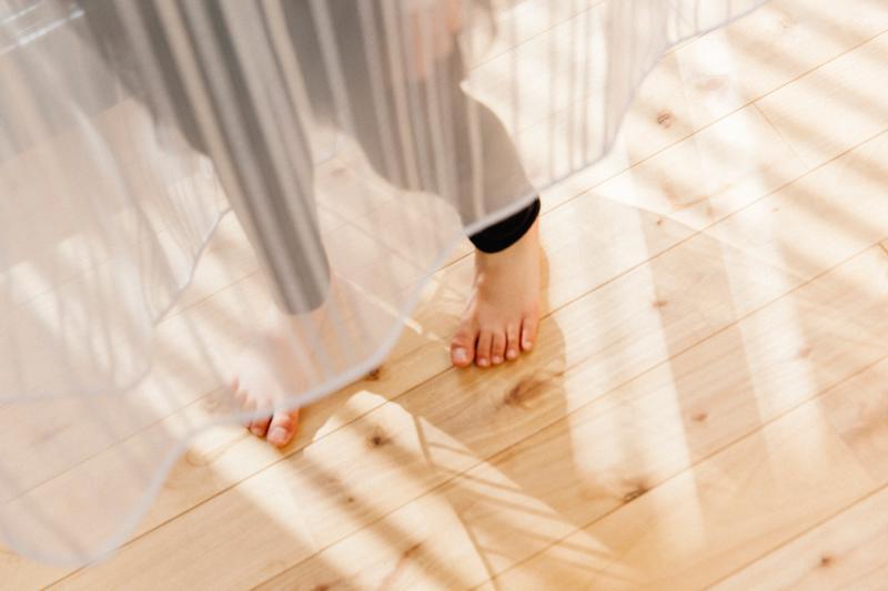 無垢のフローリングが標準仕様。<BR>ハッピーママの思いをつめこんだ自然素材につつまれる家。