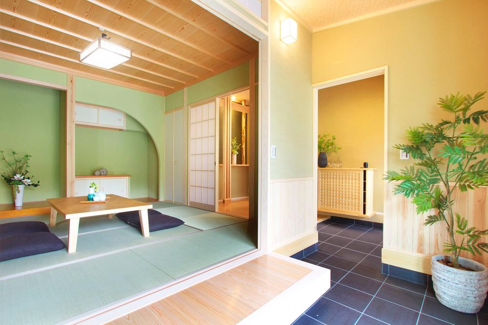 趣のある本格和室は来訪者を凛と迎えます。(wa no ie)