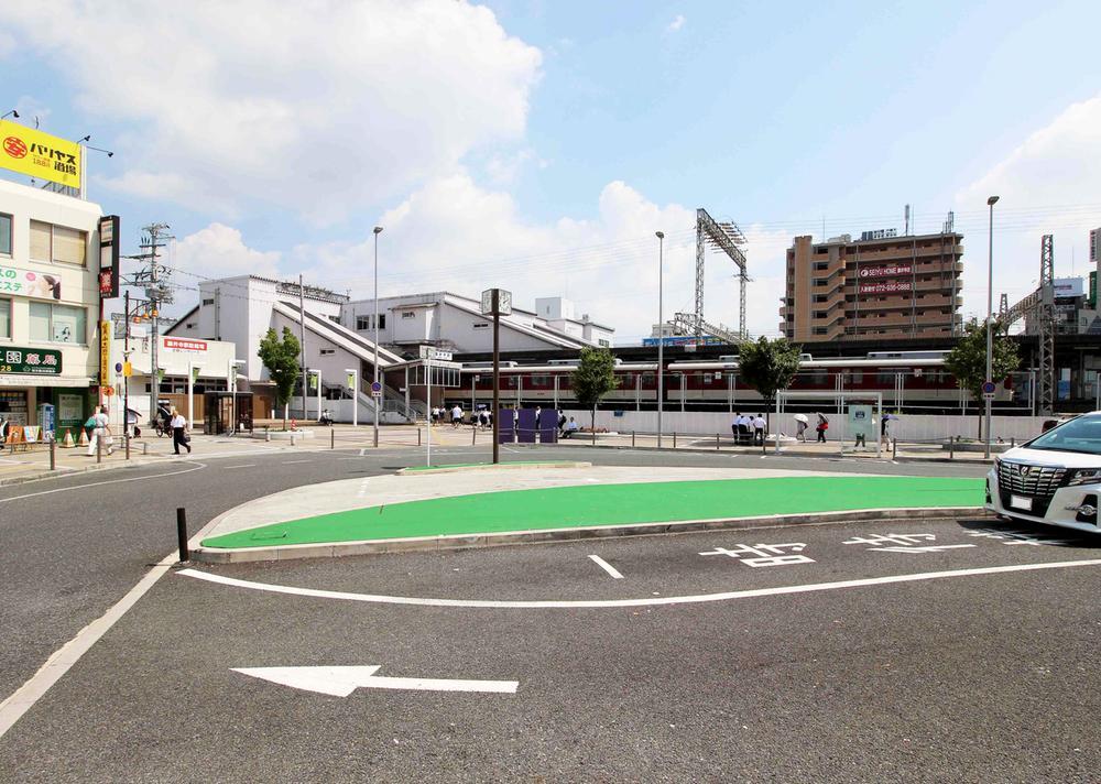 近鉄南大阪線「藤井寺」駅 まで640m 準急の停車する、「藤井寺」駅が徒歩8分です。天王寺や難波までのアクセスは抜群!交通利便性も住宅街の落ち着いた環境もほしい方へ、きっと理想の立地です。