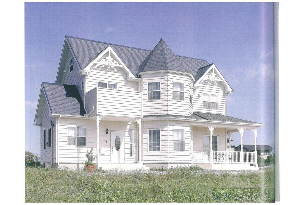 建物プラン例、土地価格1480万円、土地面積286.9m<sup>2</sup>、建物価格2000万円、建物面積120m<sup>2</sup> 推奨プラン:NEWイングランド様式