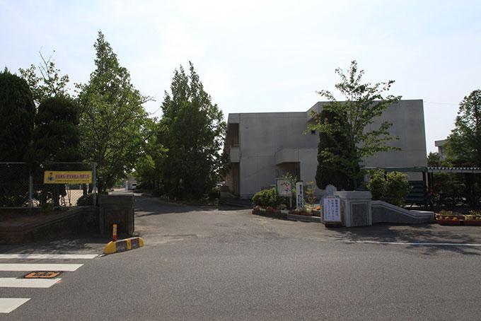 山口市立阿知須中学校まで943m
