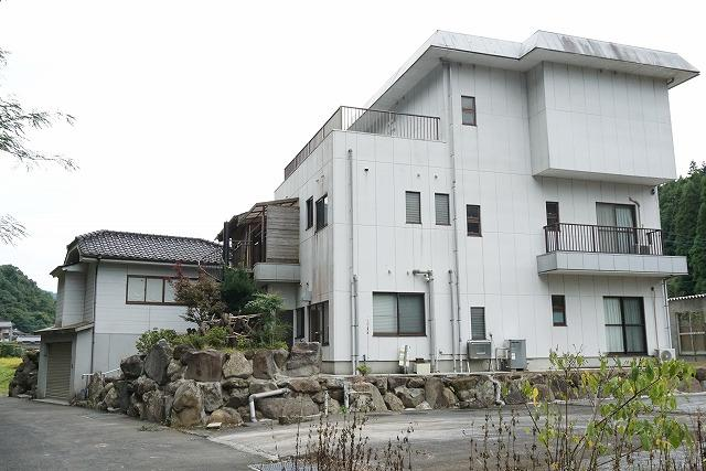 3階建・ホームエレベータ付の広々住宅です!<BR>□2世帯可・事務所兼居宅としてもオススメ!□