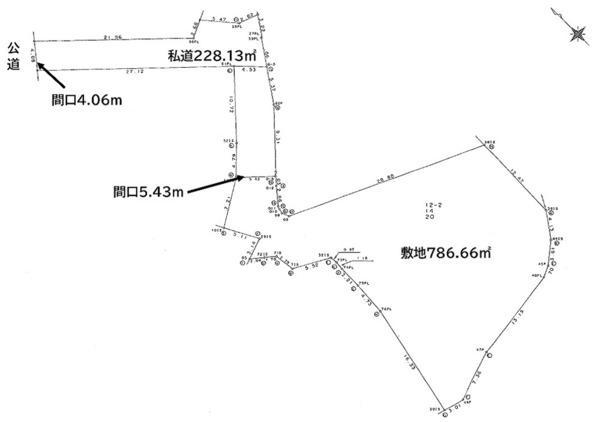 土地価格7800万円、土地面積786.66m<sup>2</sup> ひろびろ786.66平米。建築条件なし