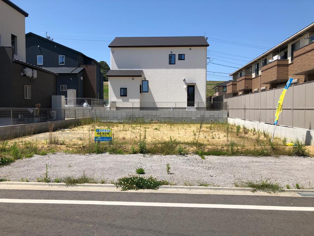 【137街区】三方フェンス付きなので、外構費用も抑えることができます。
