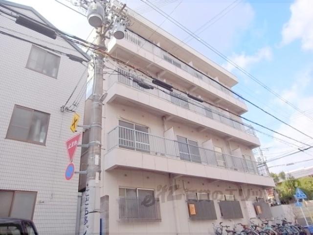 森田マンション東棟の外観