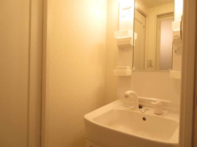 洗面設備 シャンプードレッサーの独立洗面台☆
