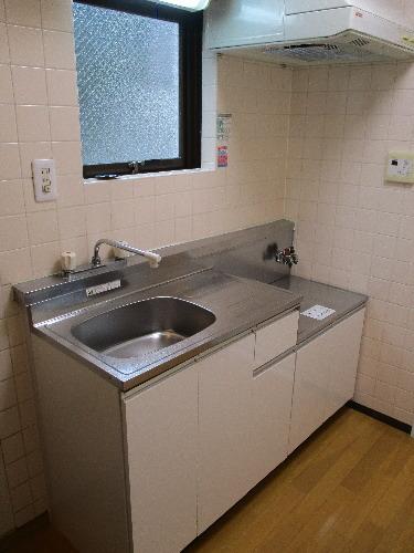 キッチン ガスコンロ使用可能、窓付きキッチン