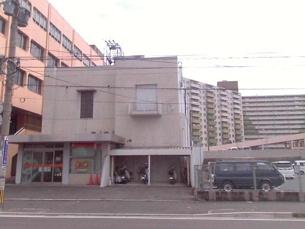 銀行 西日本シティ銀行日明支店(銀行)まで556m