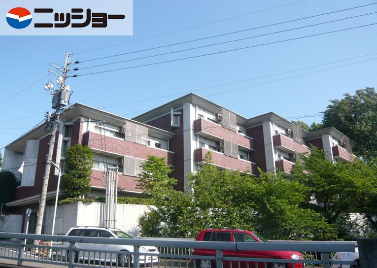 石川橋セブンリバーサイド棟の外観