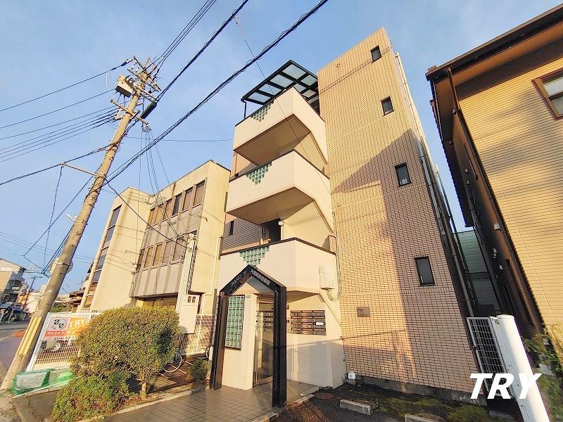 シャルマンフジ大和高田壱番館の外観