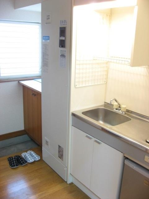 その他設備 電気温水器です!オール電化でガス代は掛かりません。