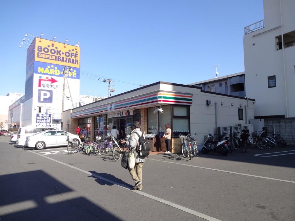コンビニ セブンイレブン川崎小向東店(コンビニ)まで239m