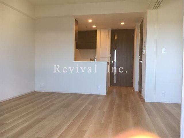 居室・リビング 床暖房完備の広々したリビング空間
