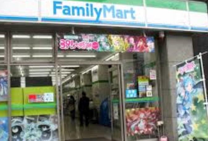 コンビニ ファミリーマート新宿矢来町店(コンビニ)まで391m