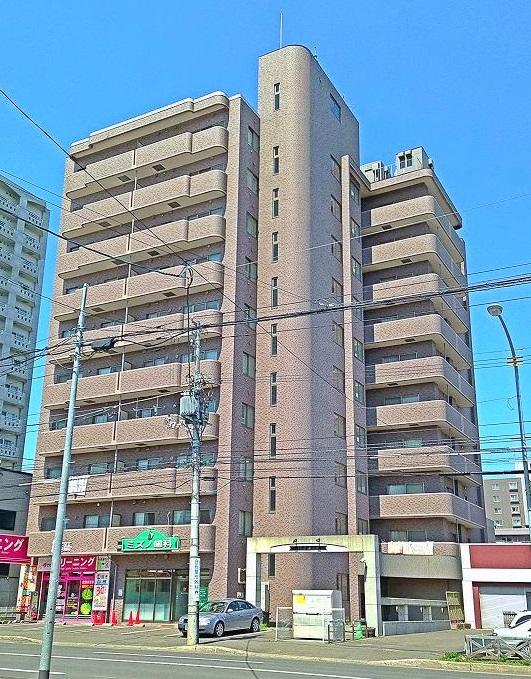 クレア東札幌の外観