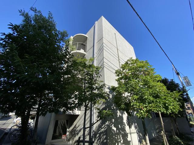阪神本線 青木駅 4階建の外観