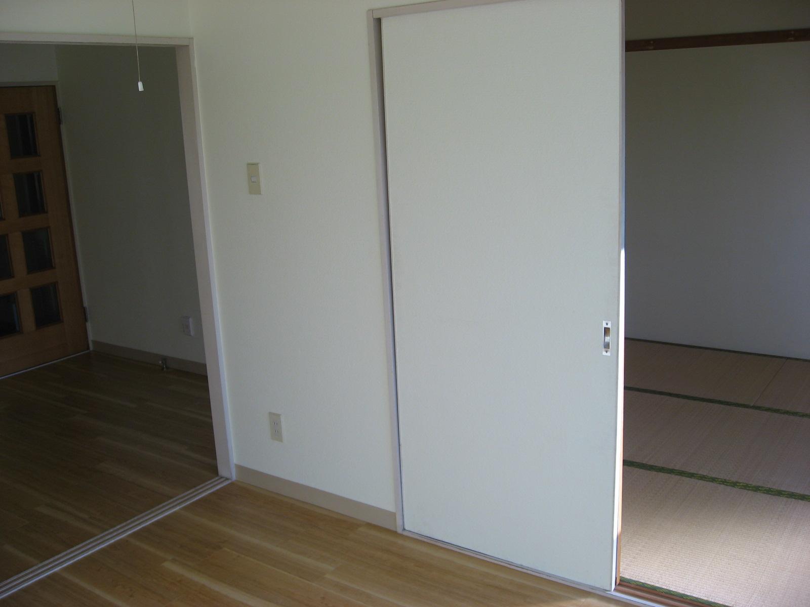その他部屋・スペース 洋間と和室は行き来できます!