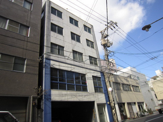 川住ビルの外観