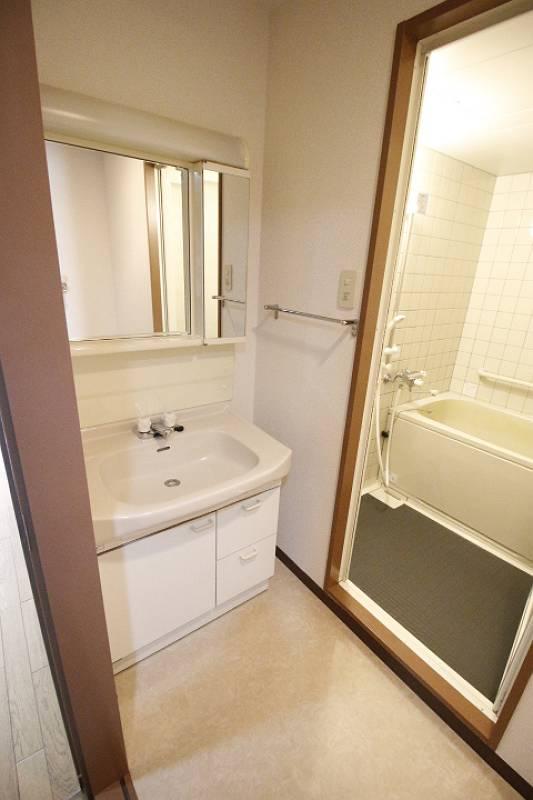 洗面設備 別の部屋の写真です