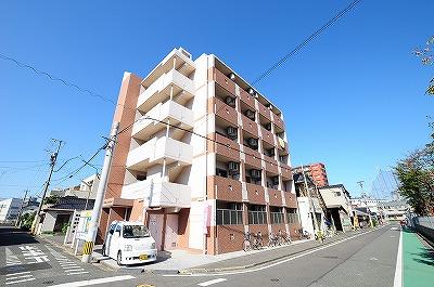 吉野町ワンルームマンションの外観
