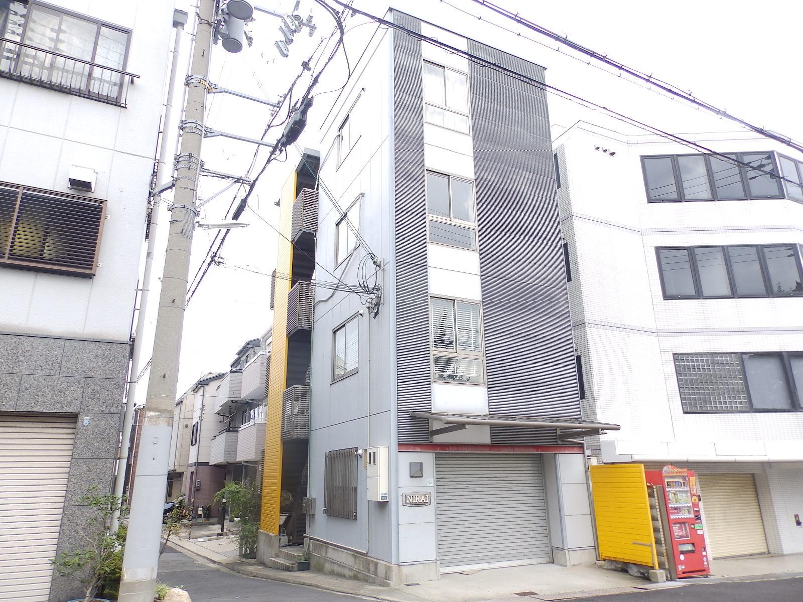 カネヨシ大石東町ビルの外観