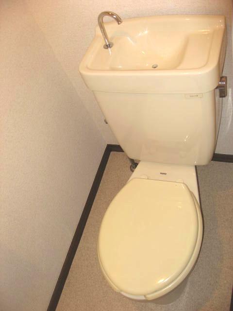 トイレ 風呂トイレ別です!