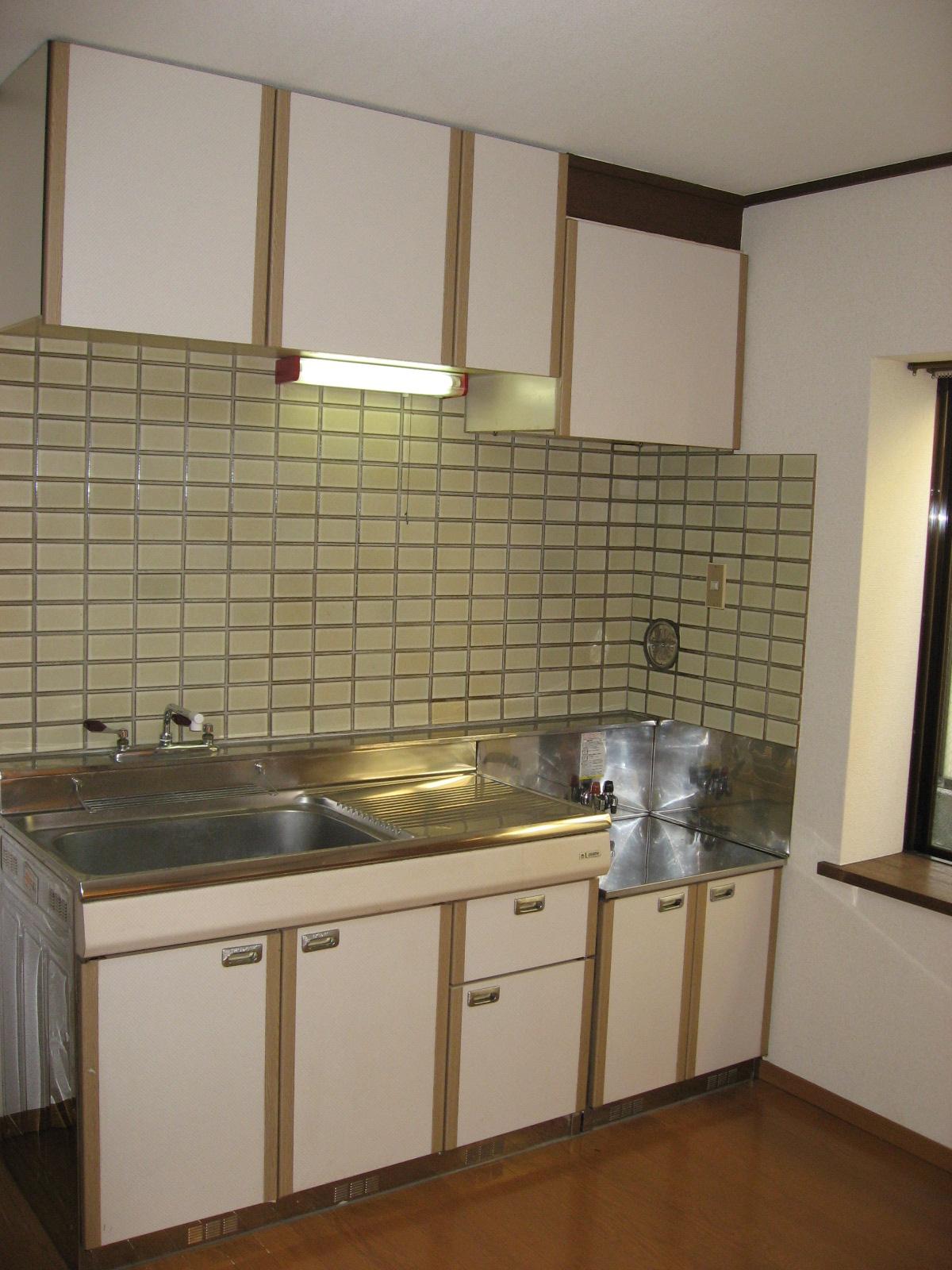 キッチン ガスコンロ設置可で料理も楽しく!